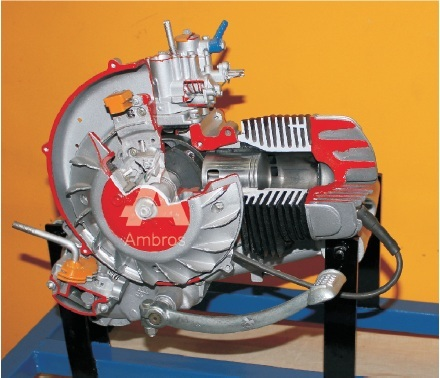 2 stroke 1 cylinder petrol engine manual driven